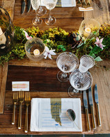 danielle-brian-wedding-placesetting-0743-s113001-0616.jpg