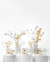 mtable-with-silver-and-gold-centerpieces-0171-d112701.jpg