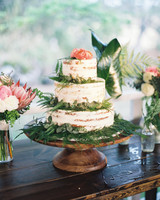 wedding cake with foliage