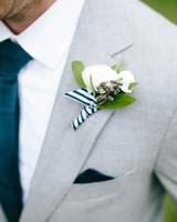 kristen-jonathan-wedding-boutonniere-0508-s112193-1015.jpg