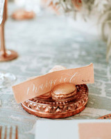 Macaroons place card holders