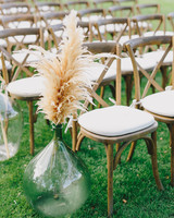 pampas grass aisle decoration
