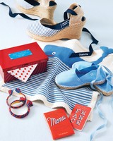 blue-red-wedding-colors-wedding-party-gifts-556-d112667.jpg