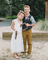 carlie-gabe-girl-boy-horseshoes-205dm1-5050-s111570-0515.jpg