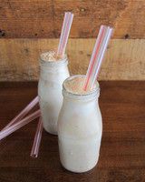 late-night-milkshake-brown-cow-shake-sweet-republic-0615.jpg
