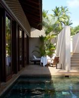 honeymoon-destinations-2015-sri-lanka-amanwella-pool-0115.jpg