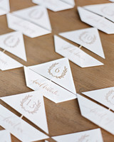 paper boat seating cards