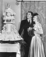 celebrity-vintage-wedding-cakes-ronald-reagan-3232075-1015.jpg