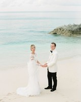 kelsey-casey-real-wedding-bride-and-groom-potrait-on-beach.jpg