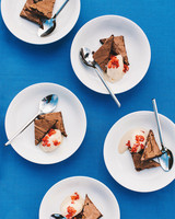 laura john wedding massachusetts brownie sundaes