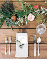 table-setting-flowers-blaine-carson-wedding-414-mwds110873.jpg