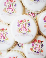 annie-atkinson-bridal-shower-monogrammed-sugar-cookies-0616.jpg