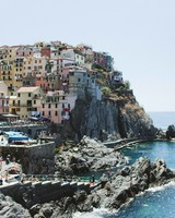 travel-honeymoon-diaries-houses-on-rocky-hill-italy-s112936.jpg