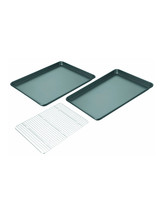 best-registry-editors-picks-sheet-pans-cooling-grid-set-0629.jpg