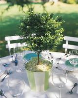 diy-beach-wedding-ideas-sand-bucket-tree-centerpiece-w98-0615.jpg