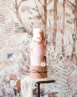 rose gold statement tiered wedding cake
