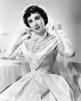 movie-wedding-dresses-father-of-the-bride-elizabeth-taylor-0316.jpg