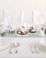 diy-beach-wedding-ideas-seashell-terrarium-centerpiece-su05-0615.jpg