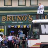 amazing-proposal-videos-seattle-washington-bus-jeanne-alissa-1015.jpg