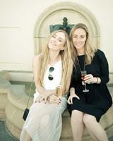 eatsleepwear-napa-valley-bachelorette-party-friends-fountain-0415.jpg