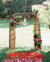 outdoor wedding aisle petals