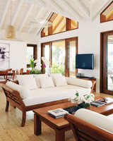 hi-055026-52159455-two-bedroom-beach-house-living-dining-room-1-s111679.jpg