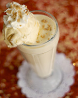 late-night-milkshake-sweet-potato-sassafras-praline-the-creole-creamery-0615.jpg