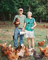 stephanie-mike-wedding-north-carolina-brides-parents-farm-chickens-95-s112048.jpg