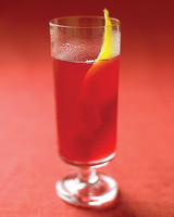 wedding-mocktail-recipes-black-currant-cider-sparler-md104918bc-msl-oct09-0915.jpg