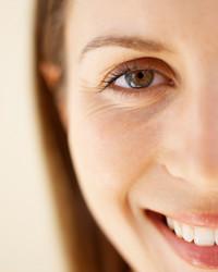 4 Tips for Understated Bridal Eye Makeup