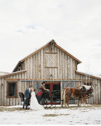 9 Ways to Add a Touch of Winter to Your Wedding