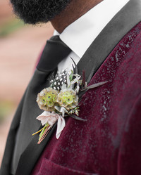 24 Winter Boutonnières Your Groom and Groomsmen Will Love