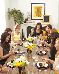 6 Tips for Hosting a Bridal Shower at Home