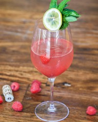 24 Rosé Recipes to Drink (or Eat) at Your Summer Wedding