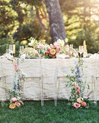 40 Pretty Ways to Decorate Your Wedding Chairs