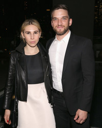 "Surprise! ""Girls"" Star Zosia Mamet & Evan Jonigkeit Are Married"