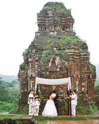 15 Amazing Destination Wedding Photos