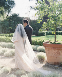 Surprising Things That Might Ruin Your Wedding Photos