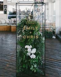 29 Creative Wedding Signs You'll Love
