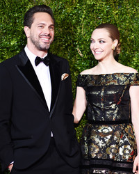 Amanda Seyfried and Fiancé Thomas Sadoski Are Expecting!