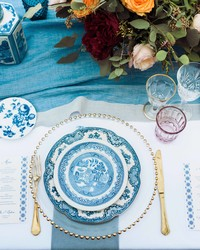 How to Register for Dinnerware Based on Your Lifestyle