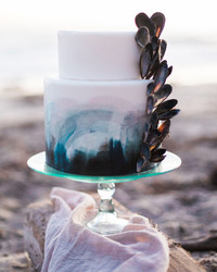 30 Amazing Beach Wedding Cakes