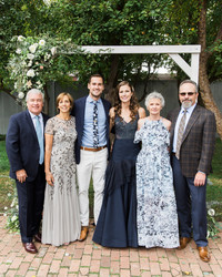 Here's What You Need to Know About Keeping Your Parents Up-to-Date on Wedding Details