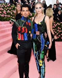 Here's How Sophie Turner and Joe Jonas Pulled Off Their Spontaneous Las Vegas Wedding