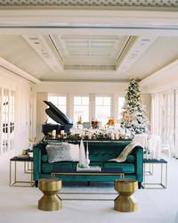 36 Winter Wedding Ideas for a Cozy, Festive Fête