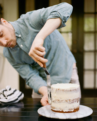 Red Flags to Look for When Hiring a Wedding Cake Baker