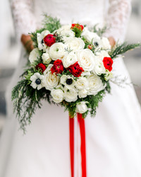 Why Are Wedding Bouquets So Expensive?