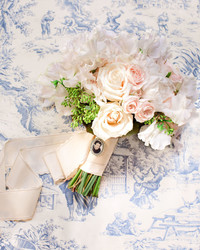 How to Personalize Your Wedding Bouquet