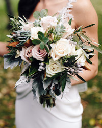 7 Things Wedding Florists Wish They Could Tell You