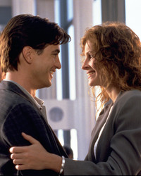 "Julia Roberts Just Recreated Our Favorite Scene from ""My Best Friend's Wedding"""